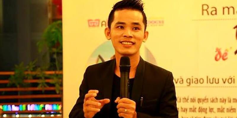 Huỳnh Minh Thuận tác giả sách Vui chơi để kiếm sống
